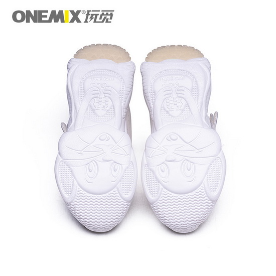 ONEMIX Leo Minor White/White Walking Running Kids Shoes